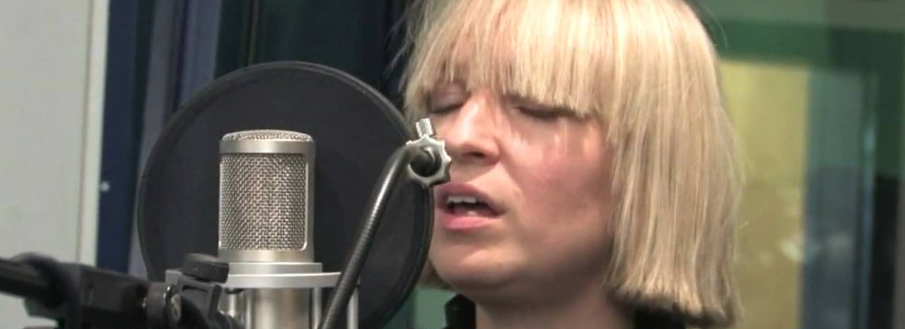 Sia recreates chandelier video live on the ellen show gcn gay sia aloadofball Choice Image