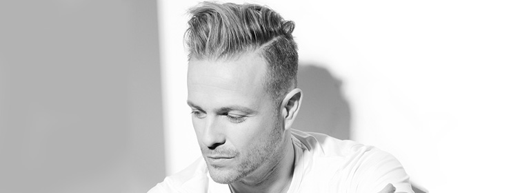 Nicky Byrne on the cover of his new album Spotlight