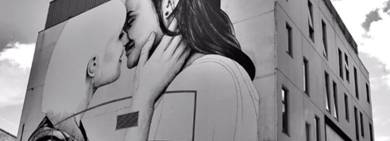 joe caslin's new mural in belfast showing two women kissing