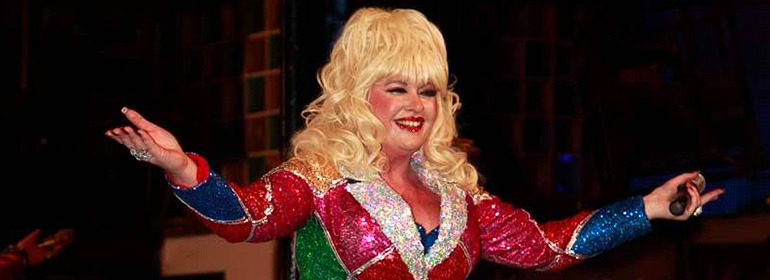 Sarah Jayne's Dolly Parton experience at Dumb Blonde for Dublin Bears