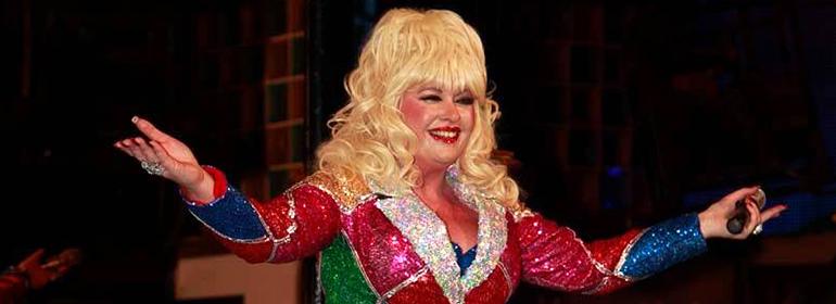 Sarah Jayne's Dolly Parton experience at Dumb Blonde for Dublin Bears