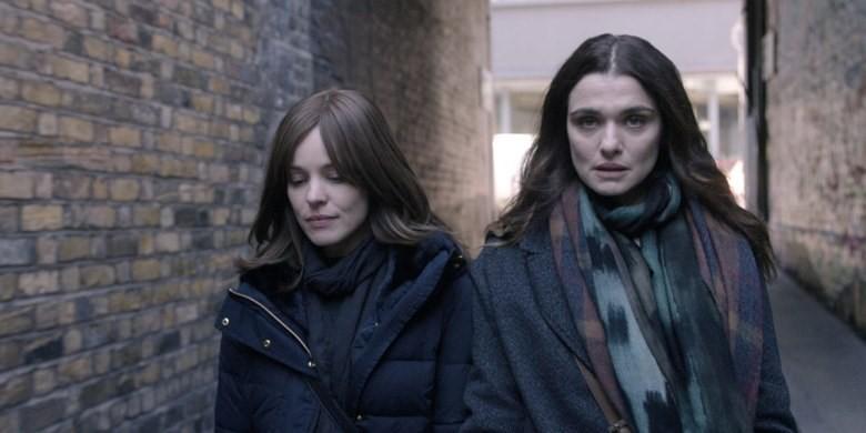 Rachel McAdams and Rachel Weisz in Disobedience (2017)