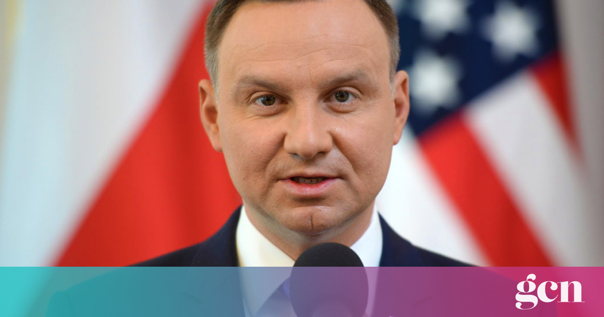 Polish president proposes 'homosexual propaganda' ban
