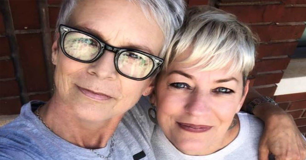 LGBT+ activists Jamie Lee Curtis and Sara Cunningham taking a selfie
